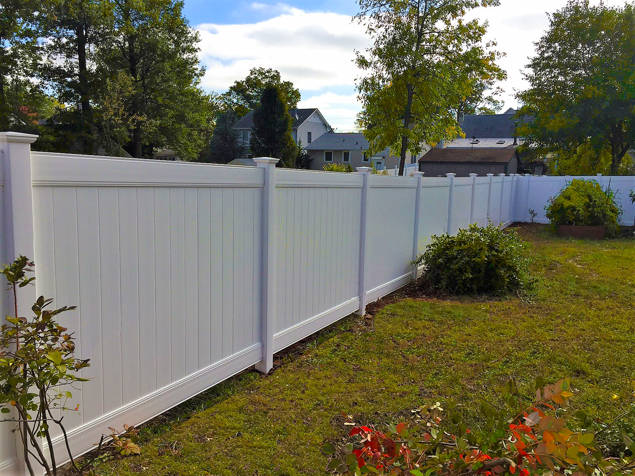 Homeland Vinyl Ws Fence Services Inc